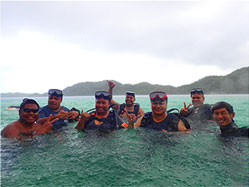 second group of PAN employees aquire scuba certification
